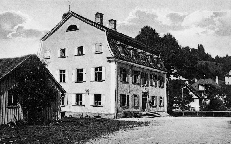 https://www.haustanne.de/wp-content/uploads/2017/03/haustanne_historisch_ansicht_1925.jpg