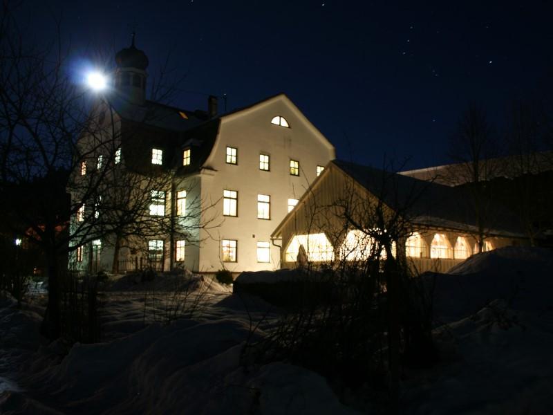 https://www.haustanne.de/wp-content/uploads/2017/03/haustanne_slide_07_winternacht.jpg